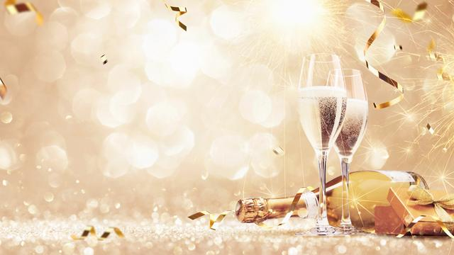 GOLD packet: unforgettable New Year's Eve
